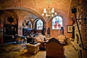 American Upbeat - Real Life Castle In Brazil Becomes Wizard